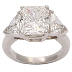 Spectacular Radiant Cut Diamond Ring