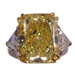 15.66 carat Fancy Yellow Diamond Ring